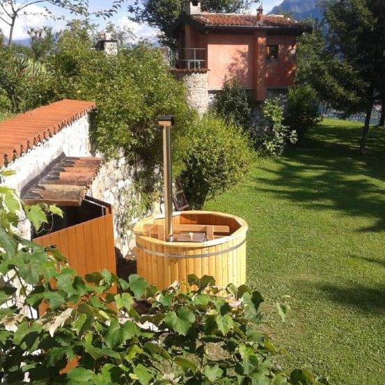 Vasca Da Bagno Riscaldata A Legna.Hot Tubs Spa Scandinave Per Giardino Hydrius Saune